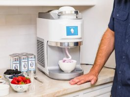 Types of Ice Cream Makers for the Summers